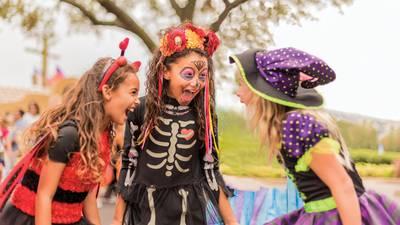 Photos: SeaWorld Orlando prepares for return of 'Halloween Spooktacular' event