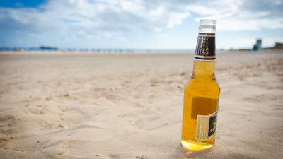 Alcohol banned at beach to discourage Georgia-Florida party
