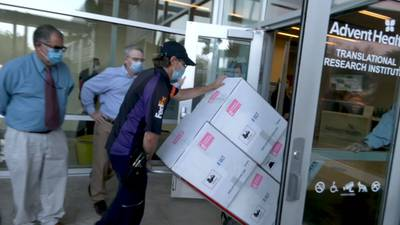 'This is a big day': Thousands of AdventHealth employees sign up to receive first shipment of COVID-19 vaccines