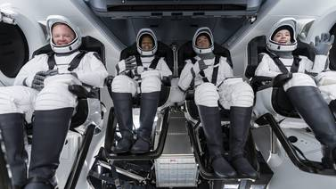 SpaceX's all-civilian Inspiration4 crew returns to Earth