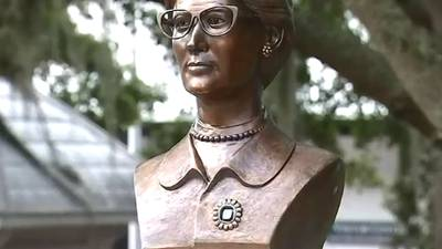 VIDEO: Bronze Bust in Honor of Mabel Norris Reese Revealed in Mount Dora