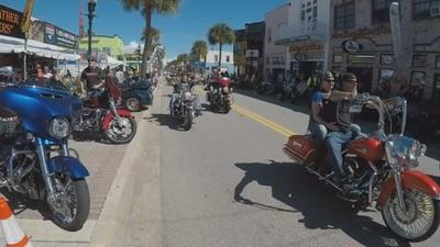 Bikers roll into Daytona Beach as Biketoberfest 2021 kicks into gear