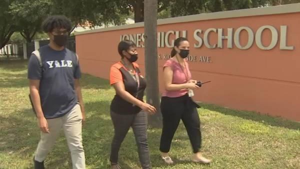 "Orange County Public Schools honors ""Super Scholars"" headed to top U.S. Universities and Colleges"
