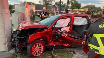 1 killed, 4 hospitalized after 3-car crash in Ocala